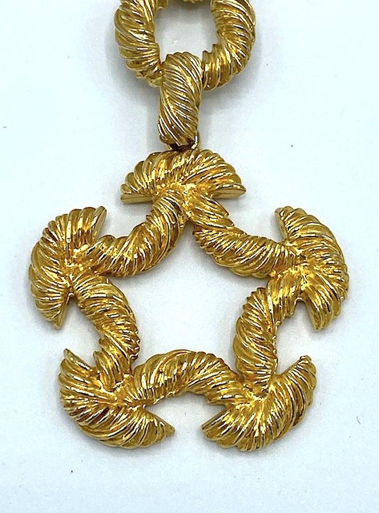 Pauline Rader 1970s Long Gold Rope Link Pendant Necklace For Sale 2