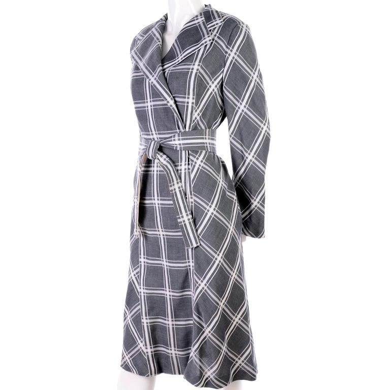 Pauline Trigere Grey & White Plaid Coat Dress w/ Belt For Sale 3