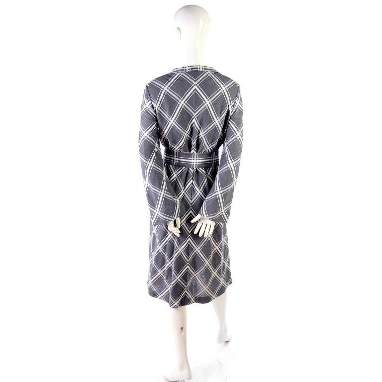 Pauline Trigere Grey & White Plaid Coat Dress w/ Belt For Sale 4