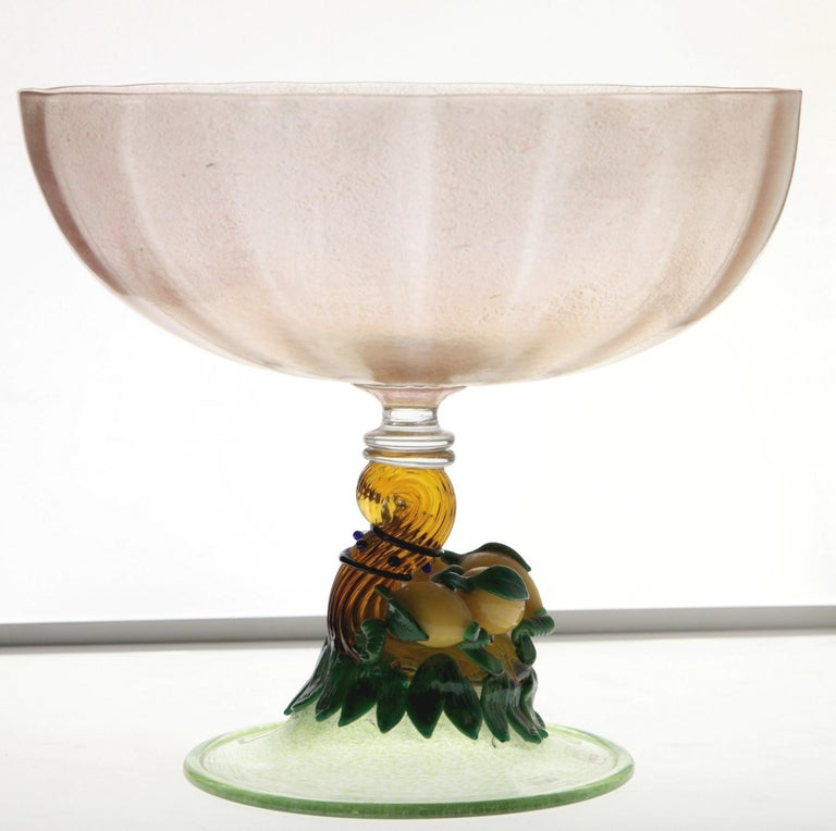 Hand-Crafted Pauly Venice Cornucopia Footed Bowl, Murano Glass, Gold Leaf Applications, 1960s For Sale