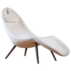 Pause Chaise Lounge