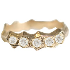 Pave Diamond 14 Karat Yellow Gold Pointed Band