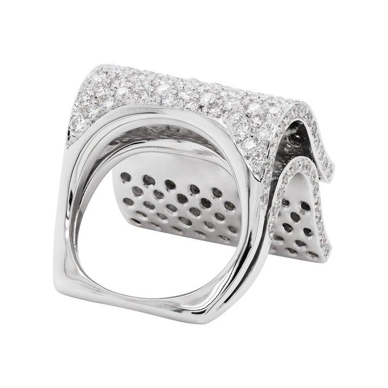 Brilliant Cut Pavé Diamond 18 Carat White Gold Piano Cocktail Ring For Sale