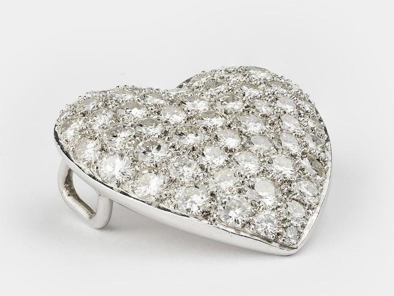 Women's or Men's Pave Diamond Heart Pendant For Sale