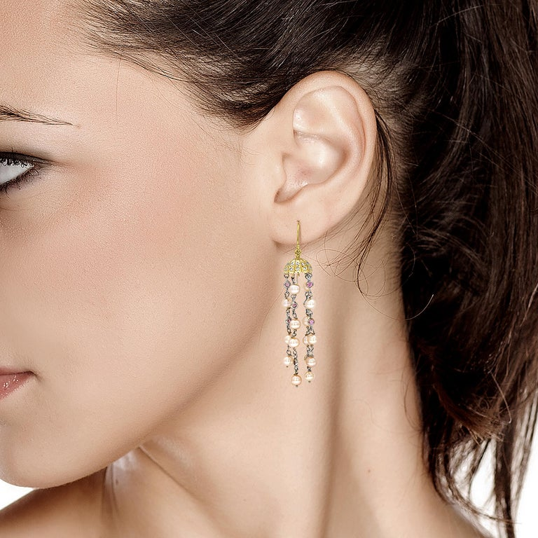 Pave Diamond Petal Cap Hoop Earrings with Freshwater Pearl Dangle Drops In New Condition For Sale In New York, NY