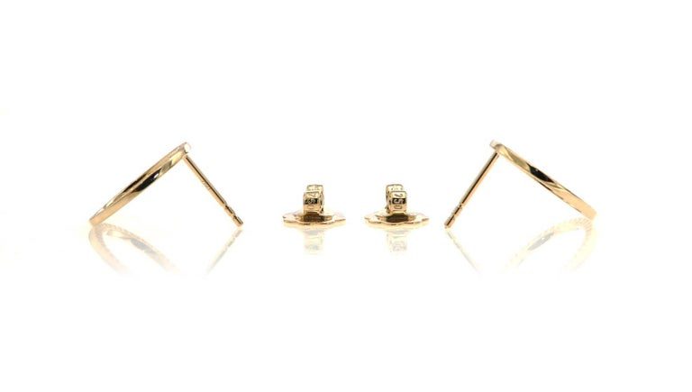 Round Cut Pave'd Diamond Circle Earrings in 18 Karat Yellow Gold For Sale