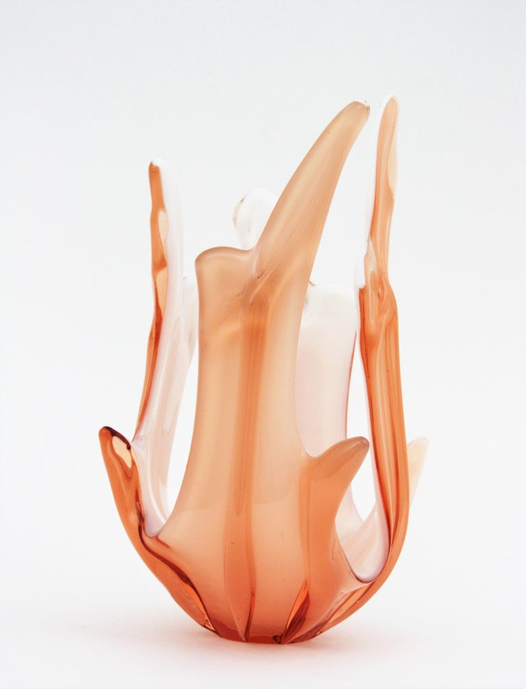 Mid-Century Modern Peach Pink and White Murano Art Glass Centerpiece Vase For Sale
