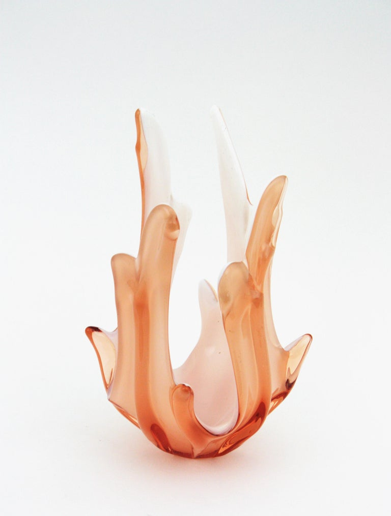 20th Century Peach Pink and White Murano Art Glass Centerpiece Vase For Sale