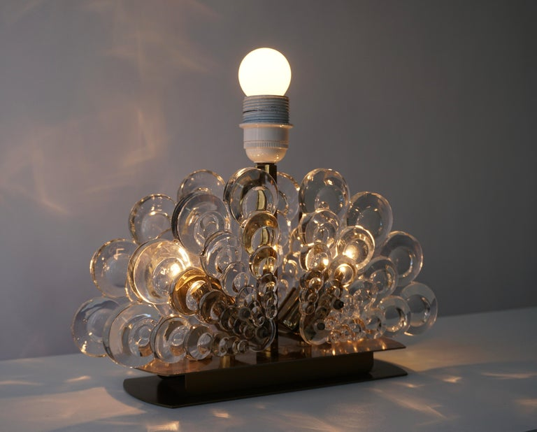 Peacock Table Lamp in Glass and Brass For Sale 4