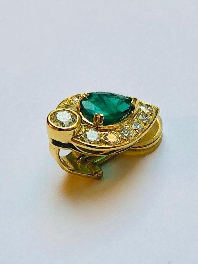 Pear Cut Pear-Cut Emerald Earrings For Sale