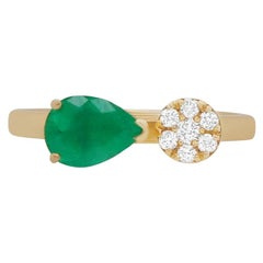 Pear East West Emerald 14 Karat White Gold Flower Diamond Fashion Ring