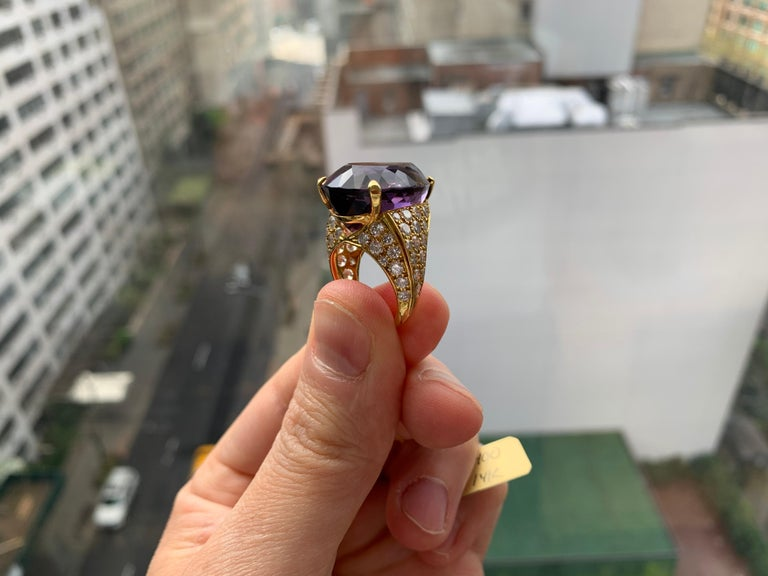 Pear Shape Amethyst Cocktail Ring In Excellent Condition For Sale In New York, NY