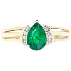 Pear Shape Emerald Engagement Ring with Triple Band