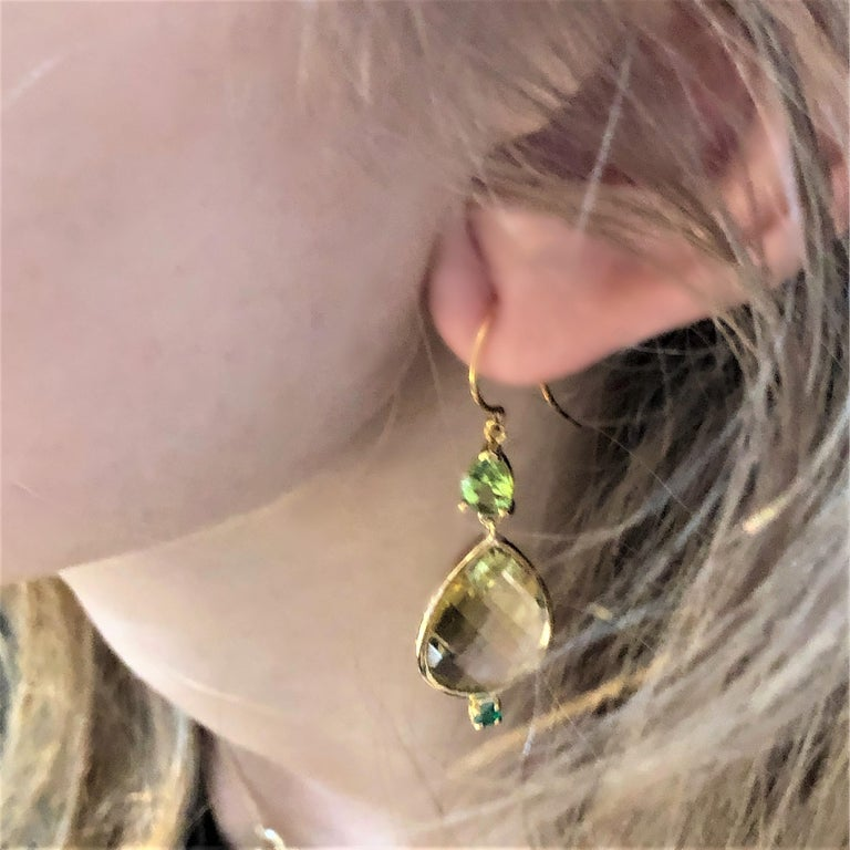 Pear Shape Lemon Citrine Emerald Peridot Bezel Set Two Inch Gold Hoop Earrings In New Condition For Sale In New York, NY