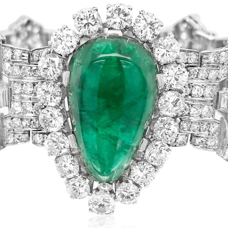 Pear-Shaped 23 Carat Emerald Bracelet, Platinum and Diamond, Clerc In Excellent Condition For Sale In New York, NY