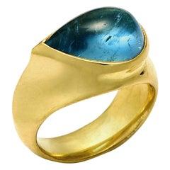 Pear-Shaped 6.29 Carat Aquamarine Ring Set in 18 Karat Gold