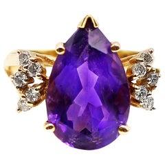Pear Shaped Amethyst Diamond Yellow Gold 1960s Ring