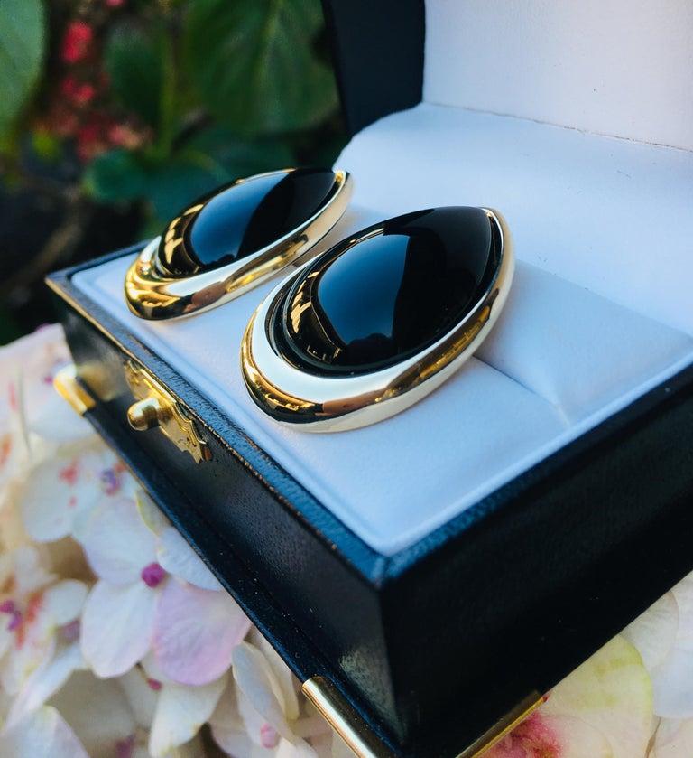 Women's Pear Shaped Black Onyx 14 Karat Yellow Gold Earrings Peter Brams Designs For Sale