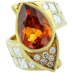 Pear Shaped Citrine 18 Karat Yellow Gold Bypass Style Ring