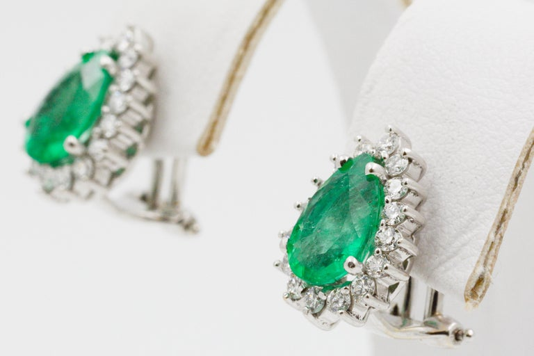 Pear Shaped Emerald Diamond Halo 18 Karat White Gold Earrings In Good Condition For Sale In Dallas, TX