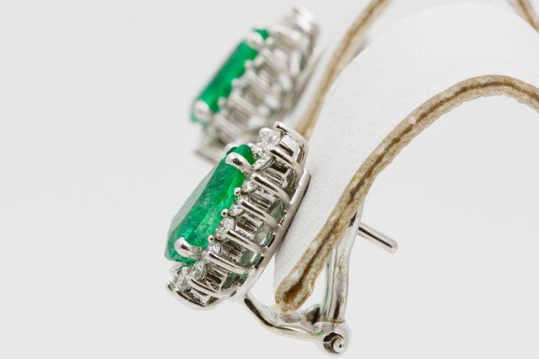 Pear Shaped Emerald Diamond Halo 18 Karat White Gold Earrings For Sale 2