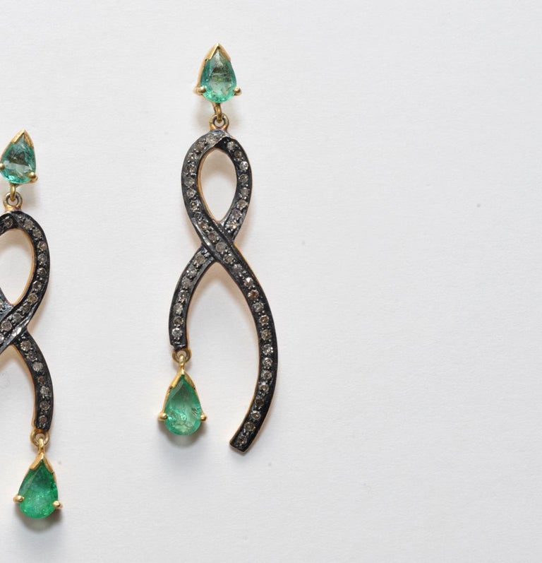 Women's or Men's Pear-Shaped Faceted Emeralds with Pave Set Diamonds For Sale