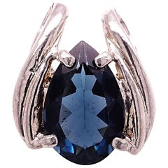 Gemjunky Pear Shaped London Blue Topaz Set in Rounded Sterling Silver Pendant