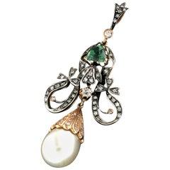 Pearl 14 Karat Yellow Gold Diamonds and Peridot Pendant Necklace