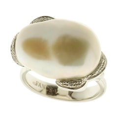 Pearl and Diamond Ring in 18 Karat White Gold