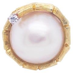 18 Karat Pearl Diamond Yellow Gold Ring, 18 Karat, Genuine Mabe Pearl Ring