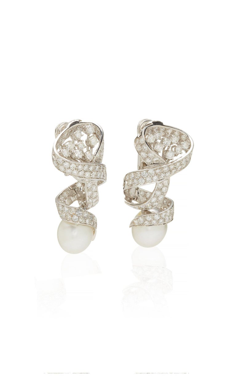Pearl Diamond Ear Pendants In Good Condition For Sale In New York, NY