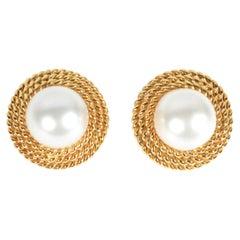 Pearl Earrings in Gold Collar