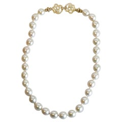 Pearl Necklace with White Sapphire Clasp