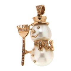 Pearls 9 Karat Yellow Gold Diamonds Snowman Pendant Necklace