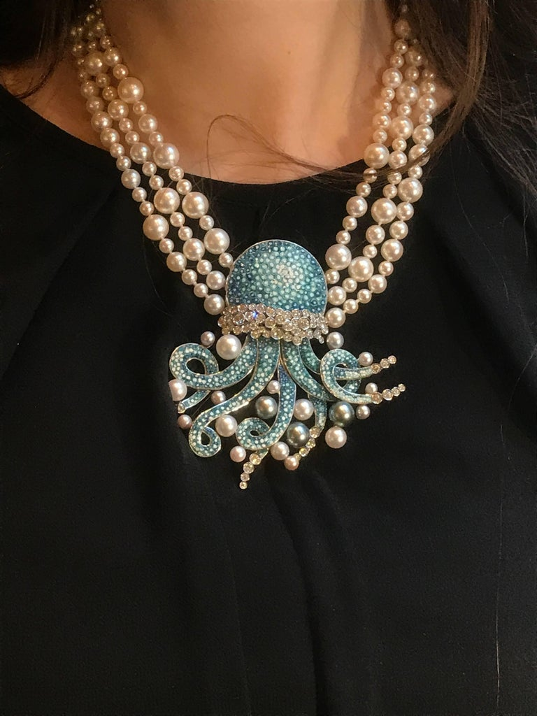 Pearls Diamonds Blue White Gold Micromosaic Bead Necklace In New Condition For Sale In London, GB