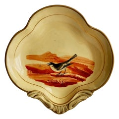 Pearlware Beige Shell Dish with Bird Attributed to Wedgwood, Regency, circa 1820