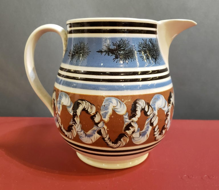 Pearlware Pottery Mocha Jug with Seaweed and Earthworm Design, circa 1830 In Good Condition For Sale In Downingtown, PA