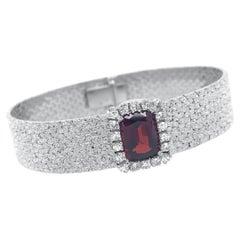 Pebbled White Gold Bangle Bracelet with Garnet in Diamond Halo
