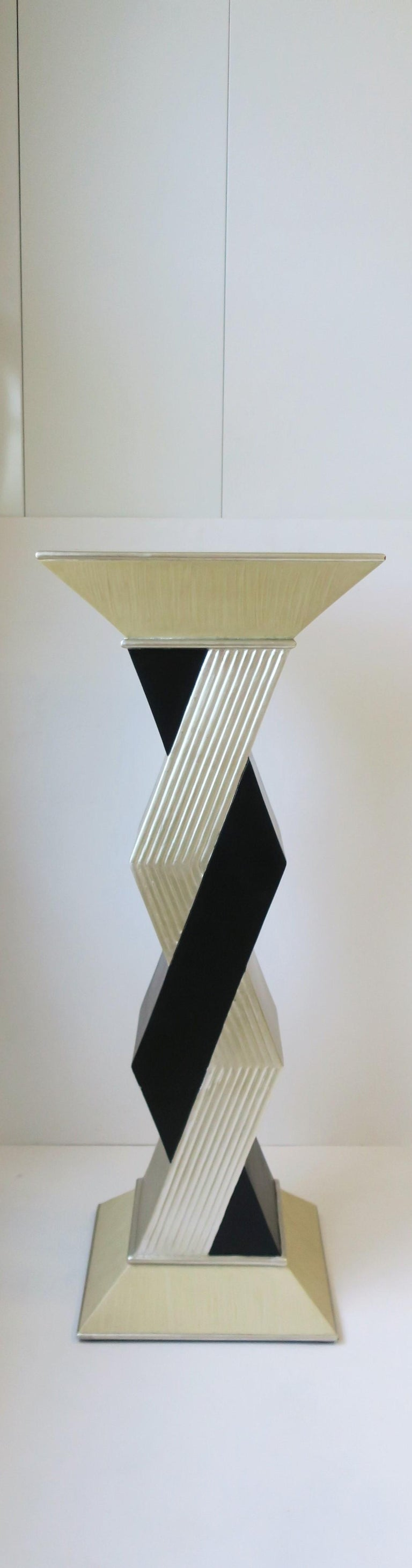 Post-Modern '90s Pedestal Column Pillar Stand For Sale