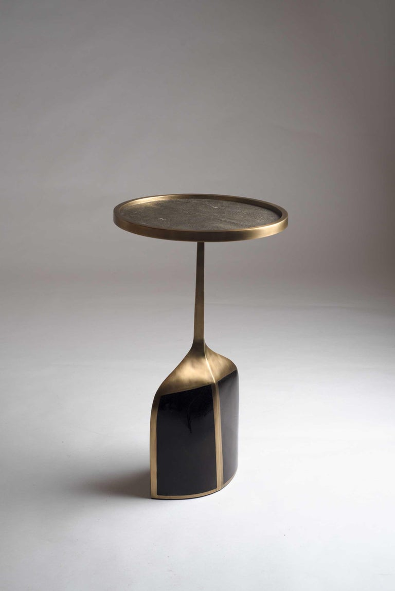Pedestal Table Large in Black Shagreen, Blue Pen Shell and Brass by R&Y Augousti For Sale 1