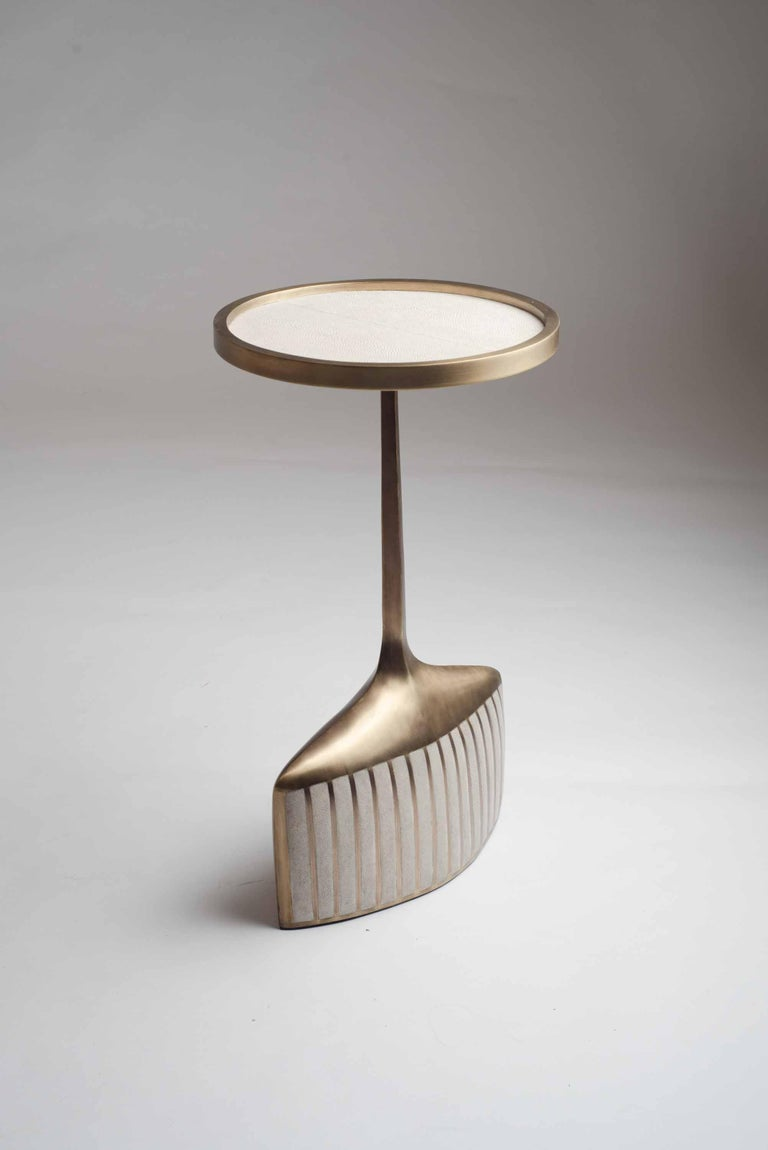 Pedestal Table Large in Black Shagreen, Shell, and Brass by R&Y Augousti For Sale 12