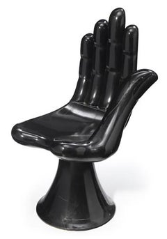Hand Chair in black