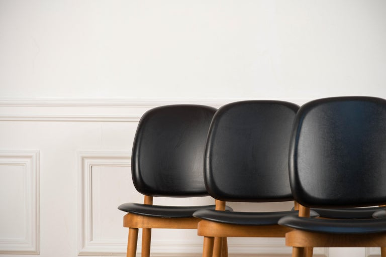 Mid-Century Modern 'Pegase' Chairs by Pierre Guariche, France, 1960s For Sale