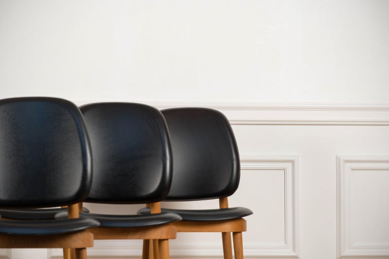 French 'Pegase' Chairs by Pierre Guariche, France, 1960s For Sale
