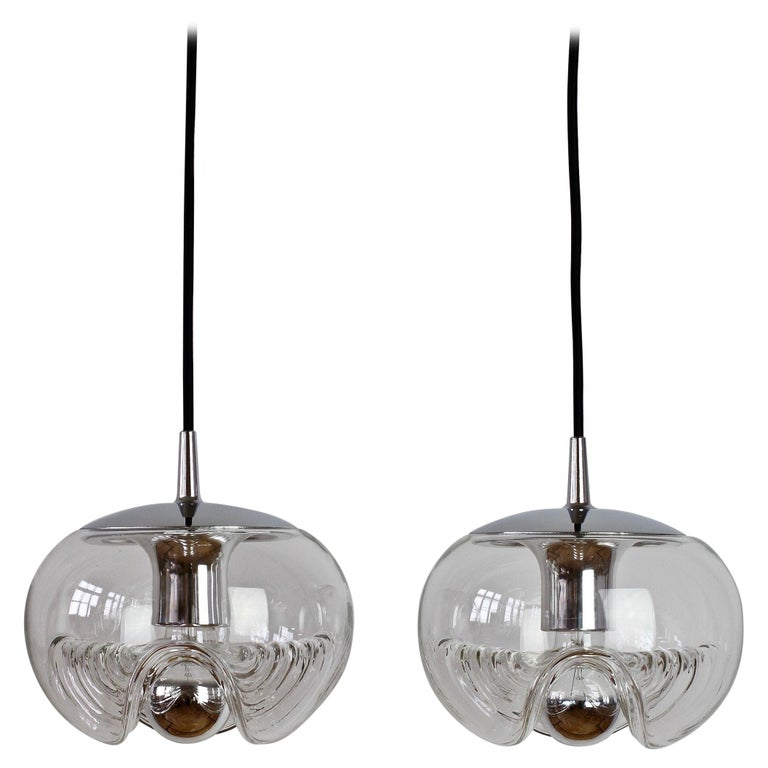Peill & Putzler Pair of Biomorphic 'Futura' Clear Glass Pendant Lights, 1970s For Sale