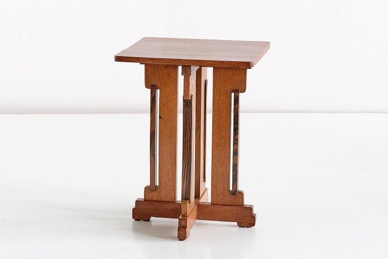 P.E.L. Izeren Art Deco Side Table in Oak and Macassar, Genneper Molen, 1930 For Sale 4