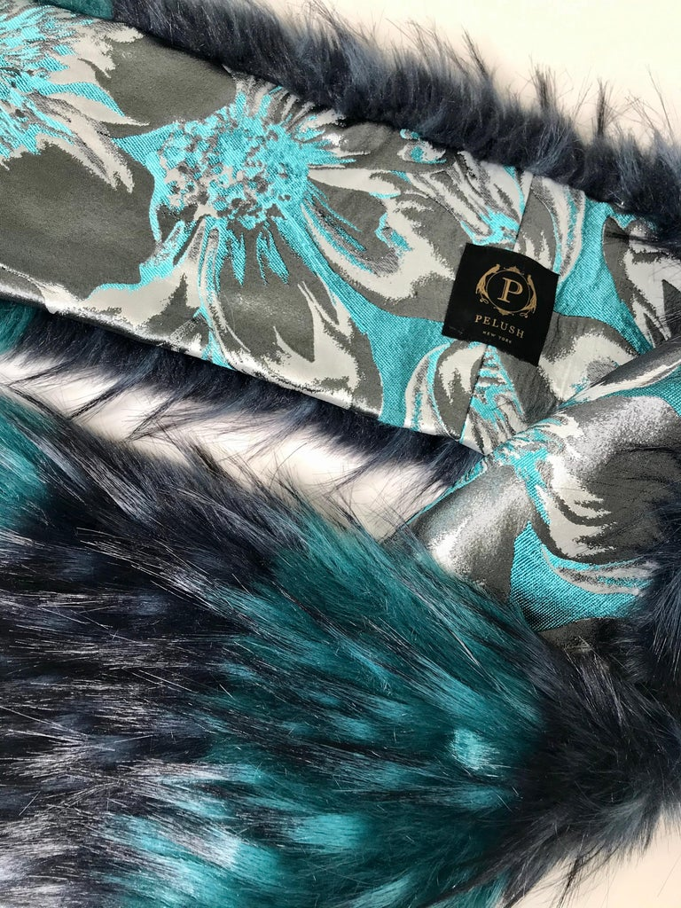 Pelush Emerald Green And Navy Blue Faux Fur Fox Scarf/Stole - One Size For Sale 1