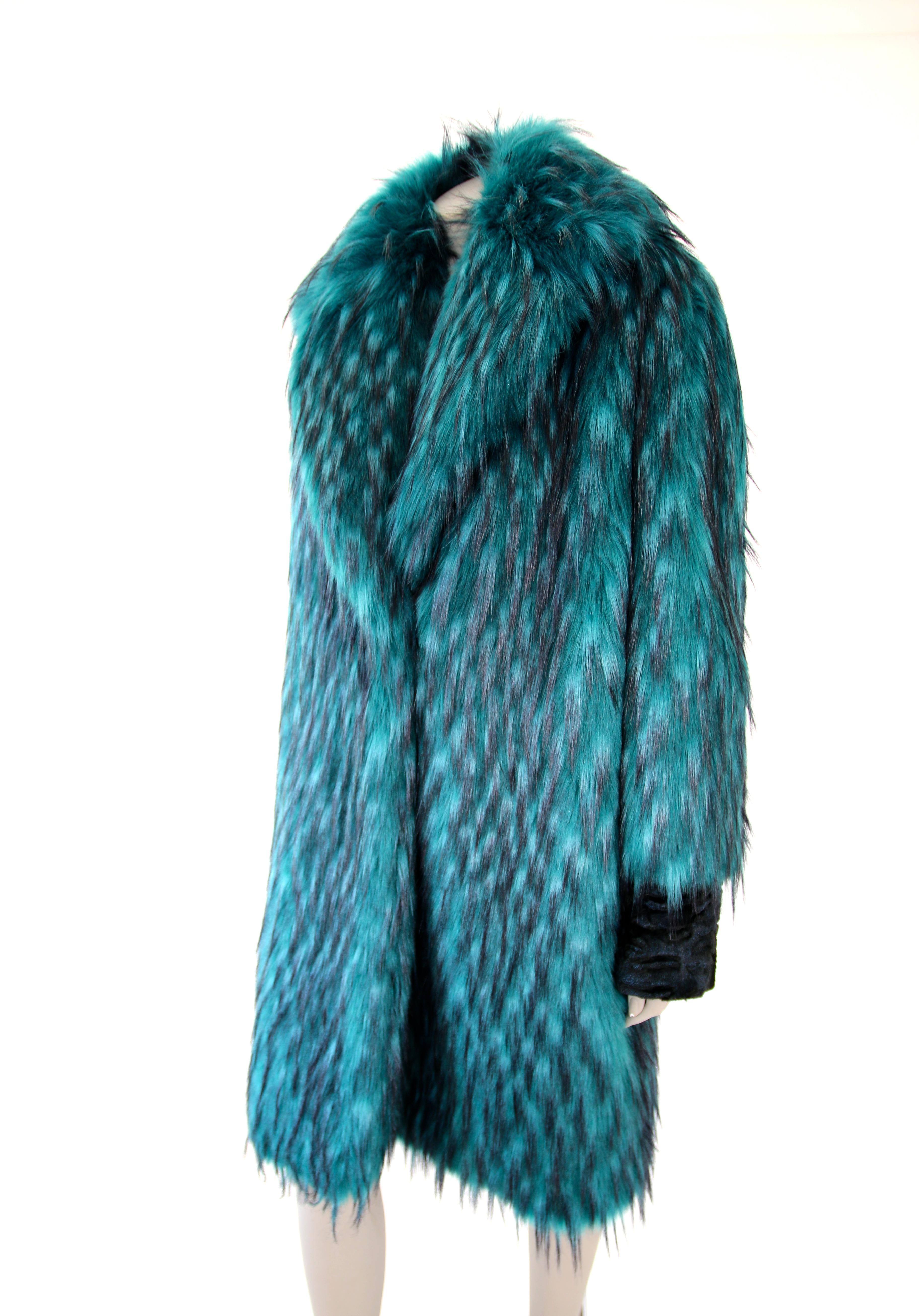 Emerald green faux fur coat,Shaggy