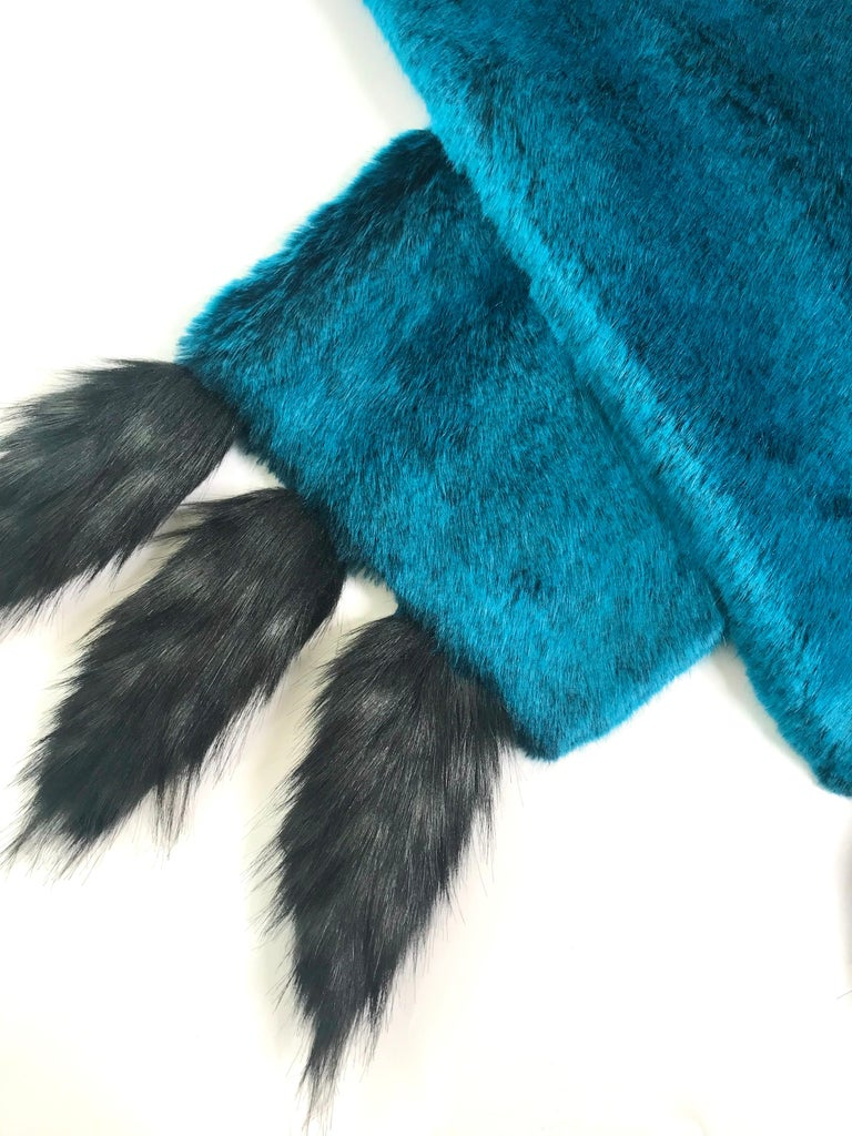 Pelush Teal Faux Fur Chinchilla Stole With Faux Fox Fringes - One Size In New Condition For Sale In Greenwich, CT
