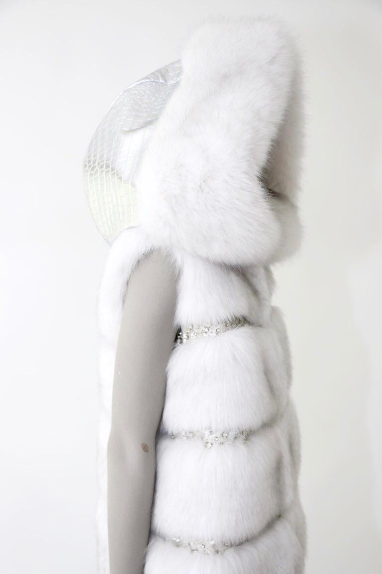Pelush White Faux Fur Fox Vest With Crystal Embroidery And Detachable Hood - S In New Condition For Sale In Greenwich, CT